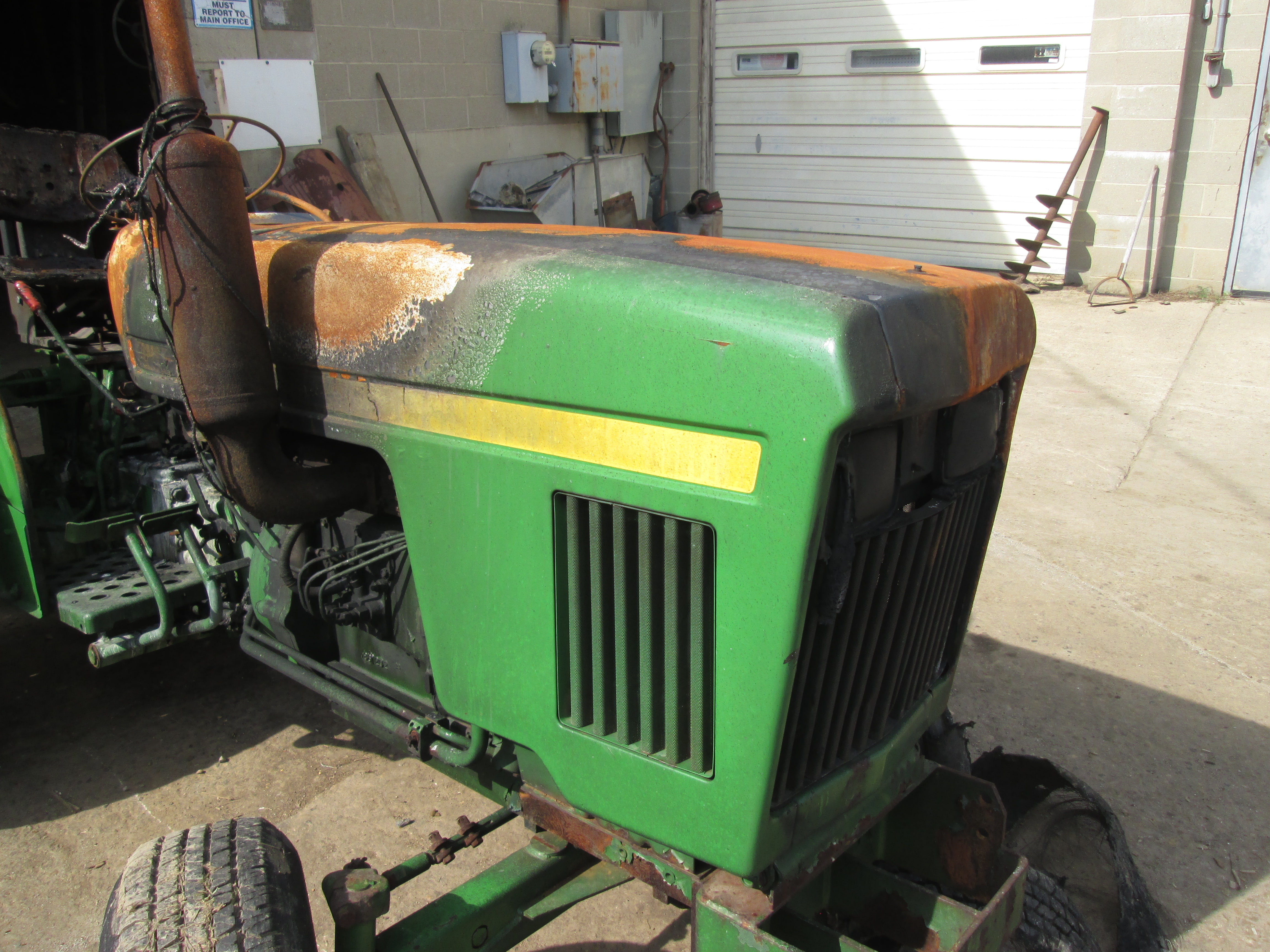 New Water Pump for John Deere Tractors 850 900HC 950 1050