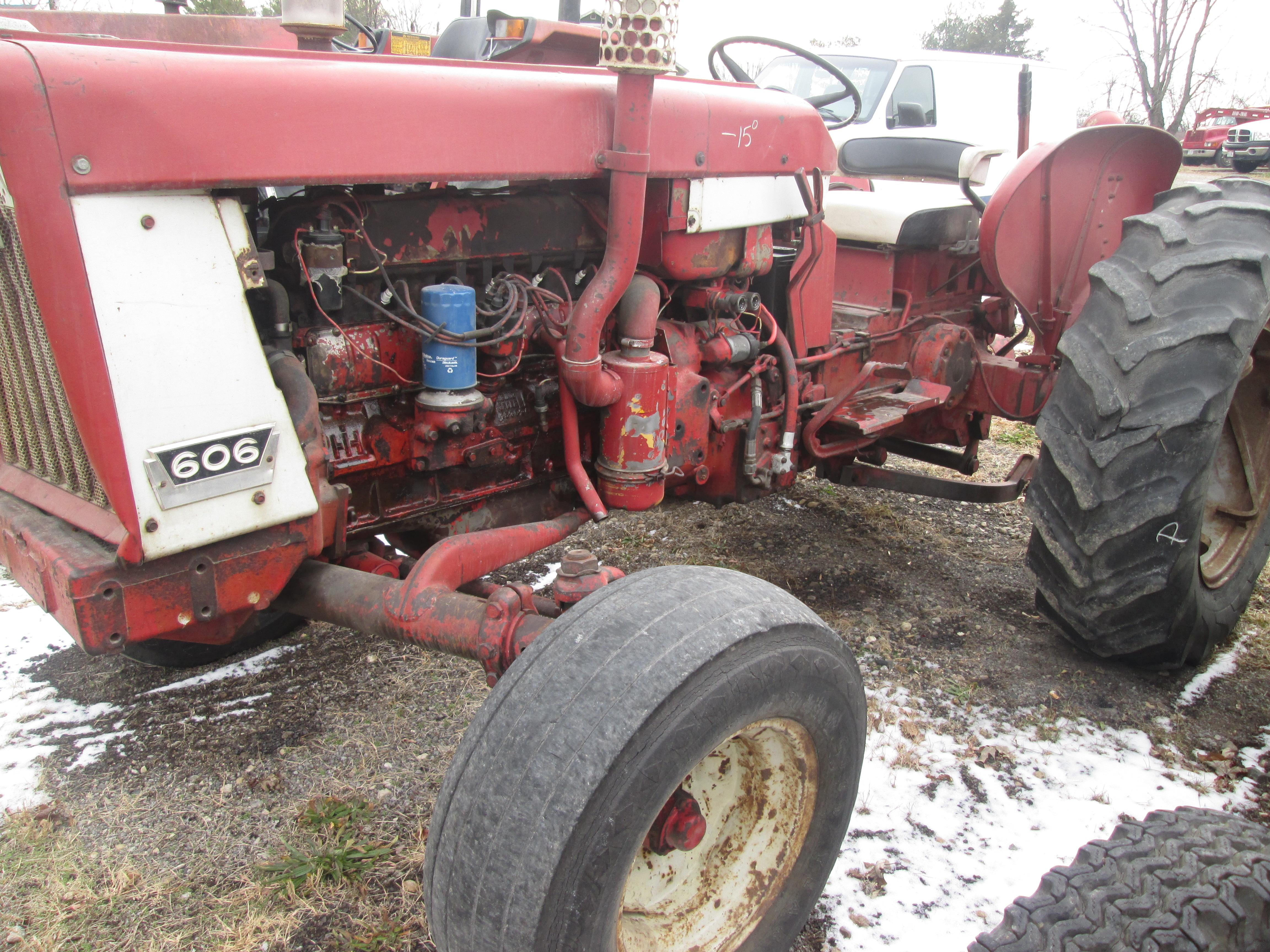 International 606 Tractor