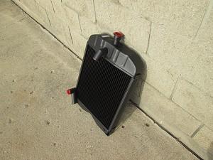 ford 2n 9n 8n radiator 185e. Black Bedroom Furniture Sets. Home Design Ideas