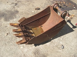 Caterpillar Hoe Bucket 18
